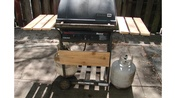 Charbroil Flame Master 7000 Barbeque Grill With 2 Propane Tanks