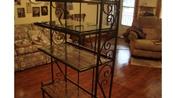 1 Baker's Rack with Plate Glass Shelves