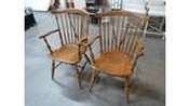 2 captain chairs